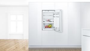 KIR21AFF0 Einbau Kühlschrank 88 cm Nische VitaFreshPlusLEDFreshSenseEEK: A++